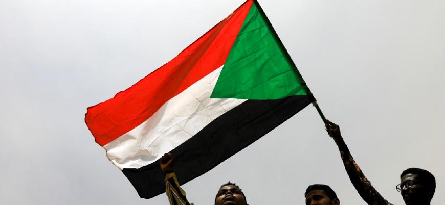 """""""Sudan İsrail ile ilişkileri normalleştirecek"""""""