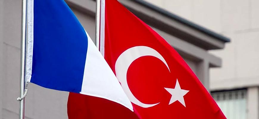 """""""Türkiye, Fransa'da Hz. Muhammed'e hakaret ettiği için öldürülen öğretmen için başsağlığı mesajı yayınladı"""""""
