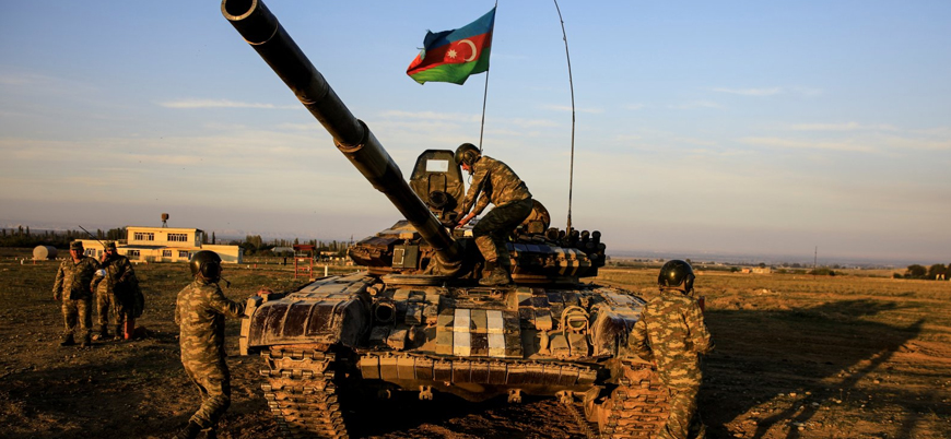 Azerbaycan ordusu Kelbecer'i teslim aldı
