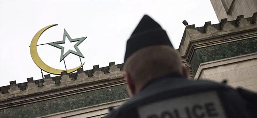 Macron Fransa'da bugüne kadar 43 camiyi kapattı
