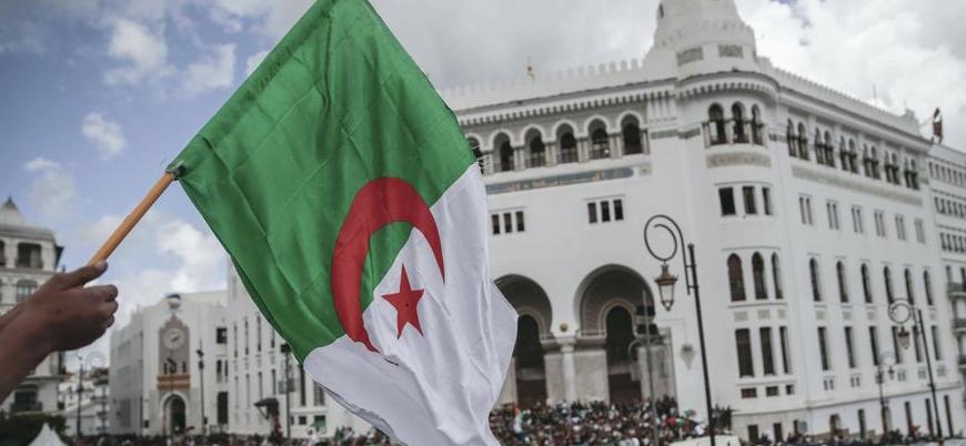 """""""Cezayir Arap Birliği'nden çıkacak, Körfez ülkeleriyle ilişkisini kesecek"""""""