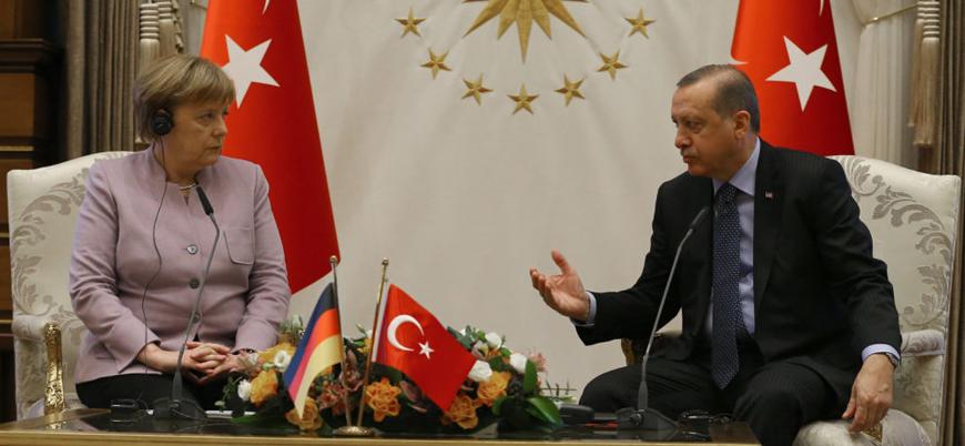 Merkel: AB Zirvesinde Türkiye'ye olası yaptırımlar gündemimizde olacak