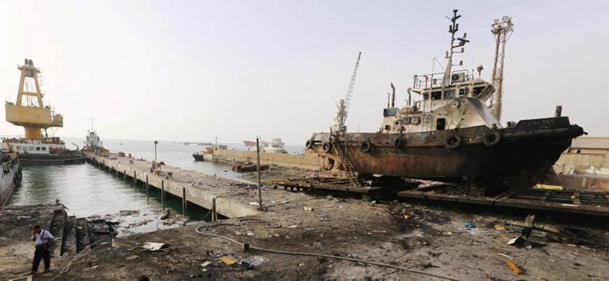 Yemen'de Husiler Hudeyde Limanı'nı bombaladı