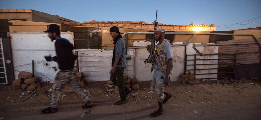 Libya'da siyasi süreç devam ederken Hafter güçleri UMH'ye saldırdı