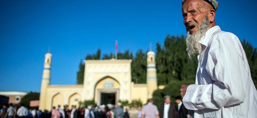 Çin, onaylanmamış Kovid-19 aşılarını Uygur Türkleri üzerinde deneyebilir