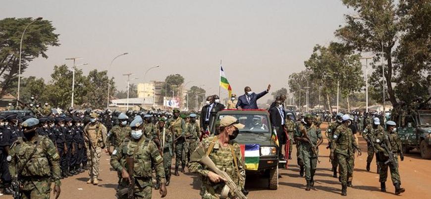 Rusya, Orta Afrika Cumhuriyeti'ne yüzlerce asker gönderdi