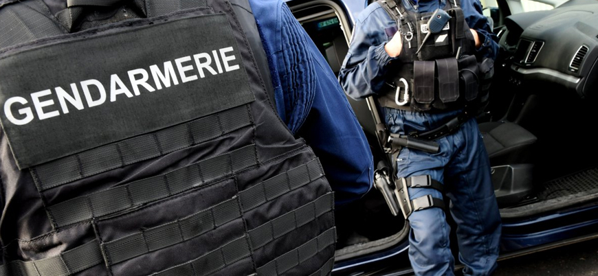 Fransa'da polise silahlı saldırı: 3 ölü