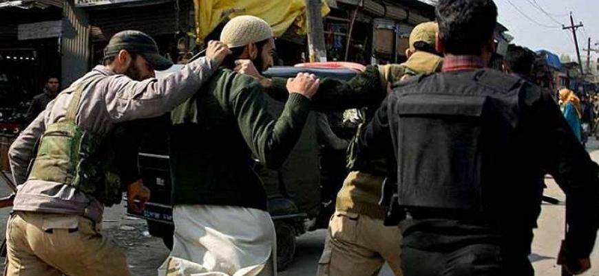 Hindistan Keşmir'de onlarca Müslüman siyasi lideri tutukladı