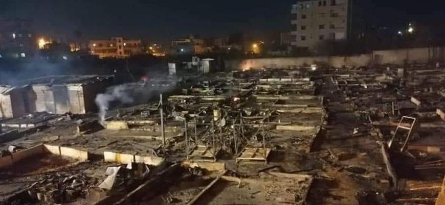 Lübnan'da Suriyeli mültecilerin kaldığı çadır kent ateşe verildi