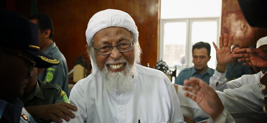 Endonezya, Cemaat İslamiyye'nin manevi lideri Ebubekir Beşir'i serbest bırakıyor