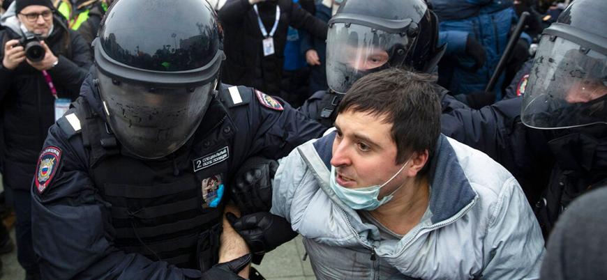 Rusya'da Navalny protestolarında 3 bin gözaltı