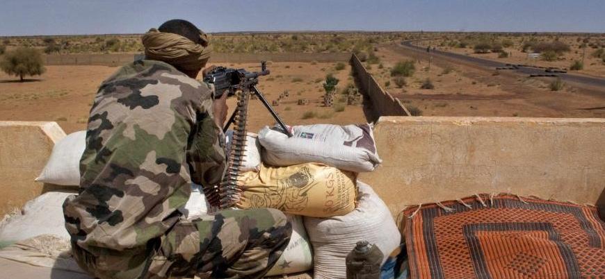 Mali'de askeri üslere düzenlenen saldırılarda 6 asker öldü
