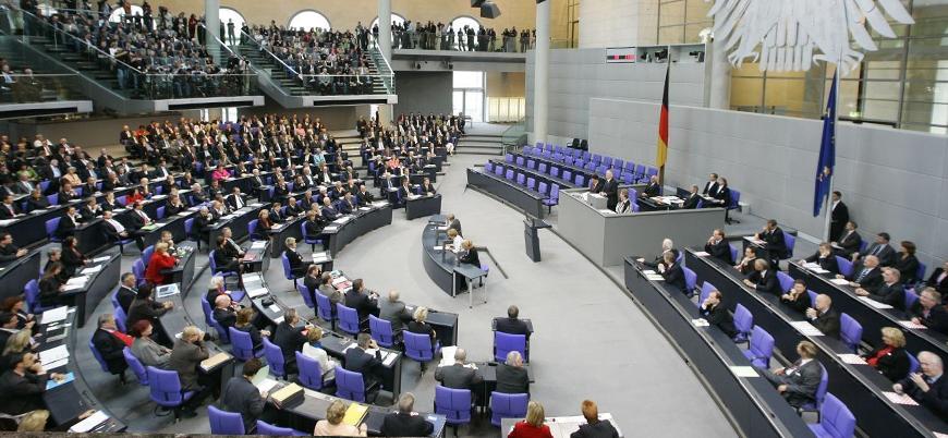 Alman meclisinin gündemi, Türkiye'ye silah ambargosu