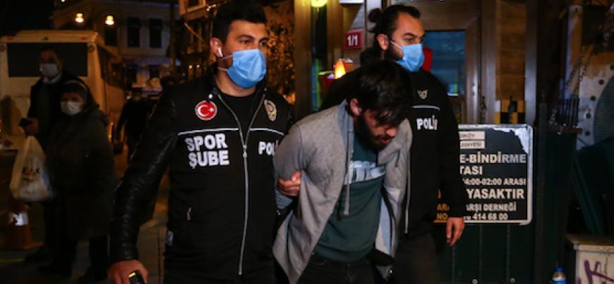 İstanbul Valiliği: Kadıköy'deki gösterilerde gözaltına alınan 65 kişiden 58'i örgüt bağlantılı