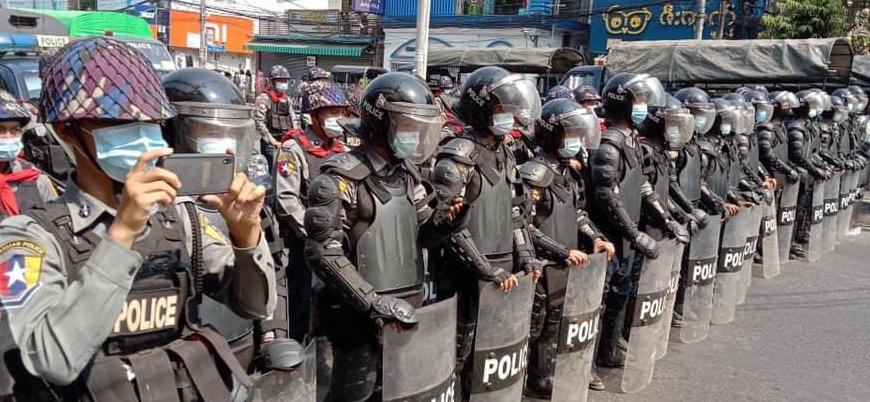 Myanmar'da darbe yapan ordu, internetin fişini çekti