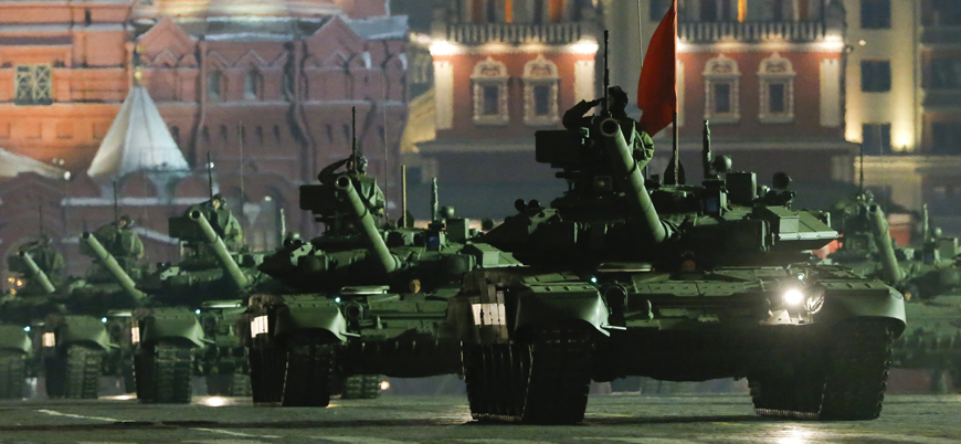 """""""Rus ordusu Polonya başkenti Varşova'yı dört günde kuşatabilir"""""""