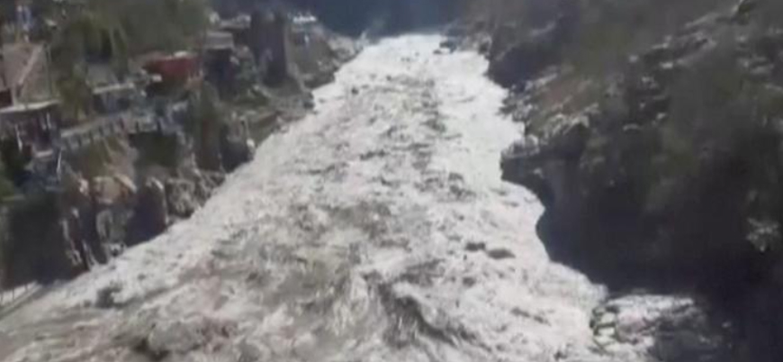 Hindistan'da buzulun neden olduğu selde 150 kişi ölmüş olabilir