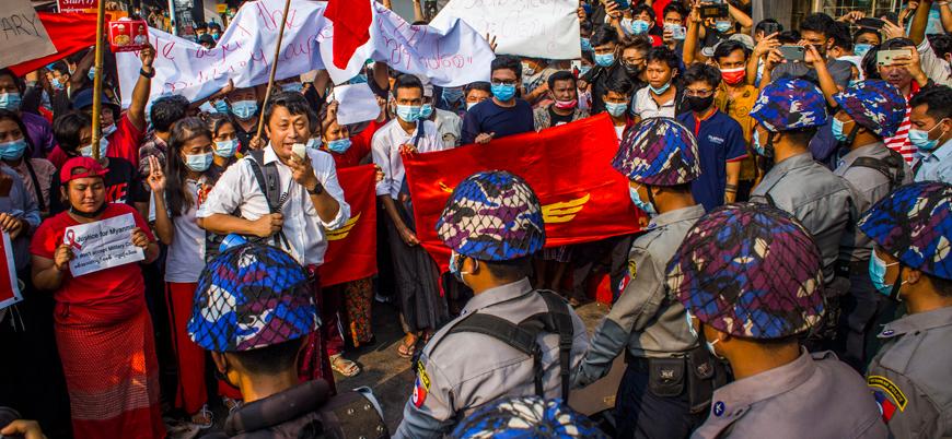 Myanmar'da darbe sonrası protestolar devam ediyor