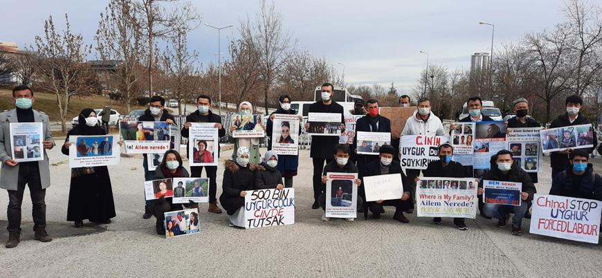 Ankara polisi, Çin Büyükelçiliği önünde bekleyen Uygurlara müdahale etti