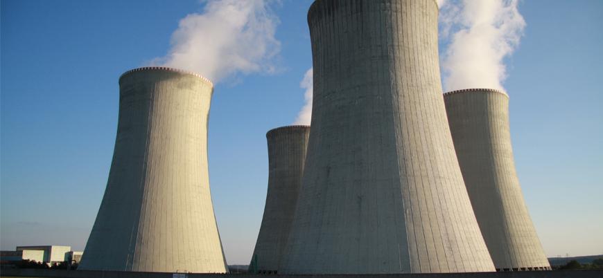 İran nükleer programıyla ilgili denetimleri sınırlandırıyor