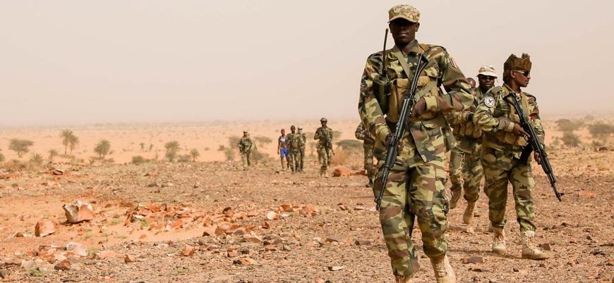 Çad cihat yanlılarına karşı Mali'ye 1200 asker gönderecek