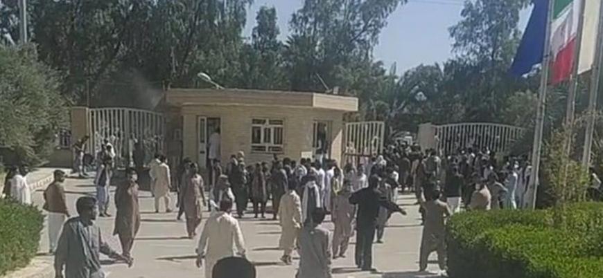 Belucistan'da halkın İran rejimine karşı ayaklanması devam ediyor