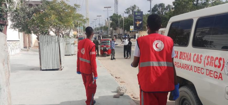 Mogadişu'da askeri konvoya bombalı saldırı