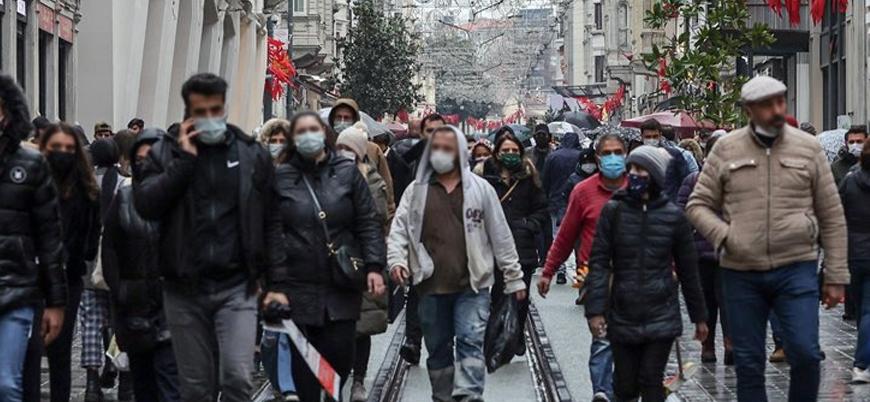 Uzmanlardan 'ilk cumartesi' yorumu: Pandemi böyle bitmez