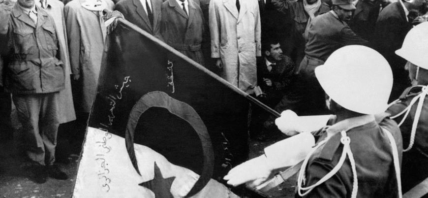 Fransa Cezayir Savaşı'na dair gizli belgeleri açıklayacak
