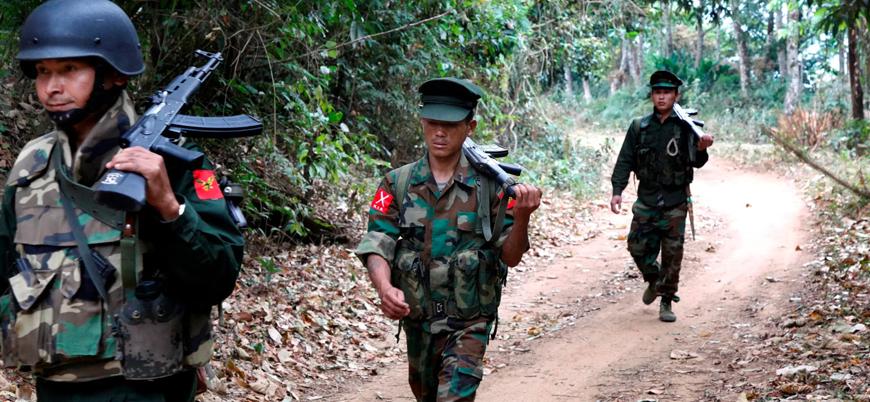 Myanmar'da cunta, Budist Arakan Ordusu'nu terör listesinden çıkardı