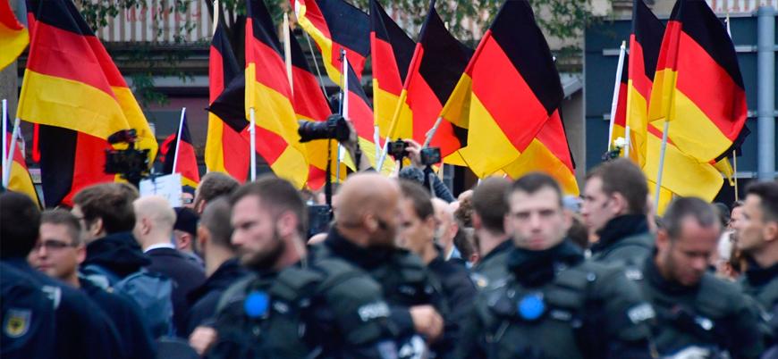 """""""Almanya'da siyasi temelli suçların tamamına yakını aşırı sağ ve sol kaynaklı"""""""