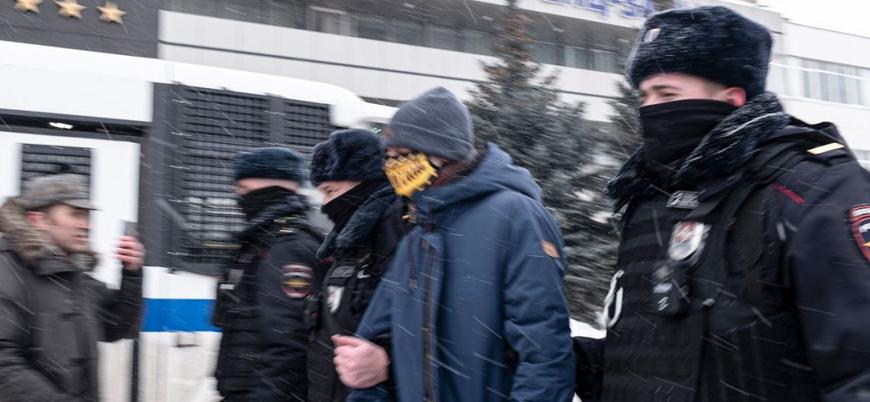 Rusya'da polis muhaliflerin toplantısını bastı: 200 gözaltı