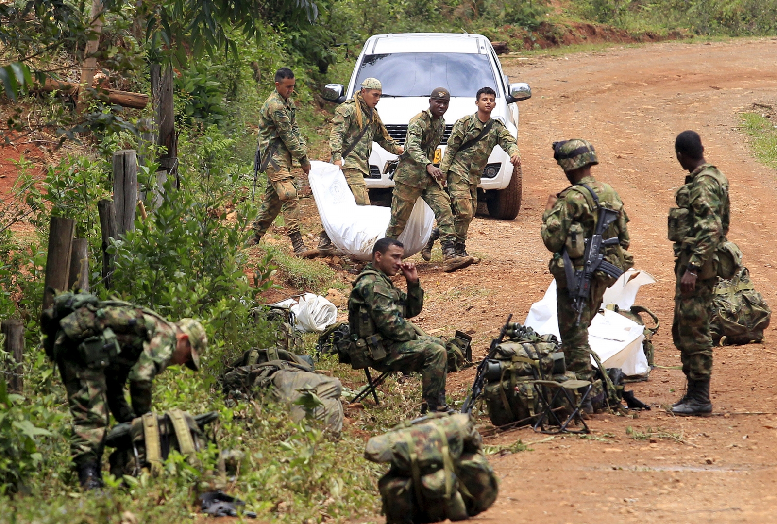 FARC silahsızlanıyor: İlk süreç tamamlandı