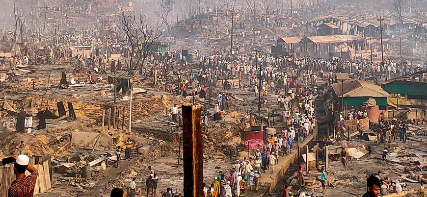 Arakan mülteci kamplarında çıkan yangında 15 kişi öldü