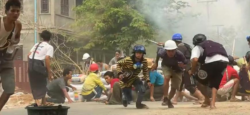 Myanmar'daki protestolarda ölü sayısı 320'ye çıktı