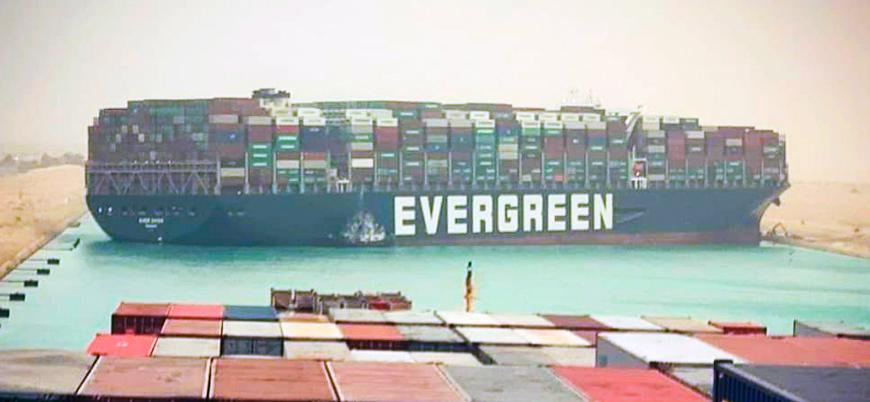 Süveyş Kanalı'nda krize neden olan Ever Given gemisi kurtarıldı