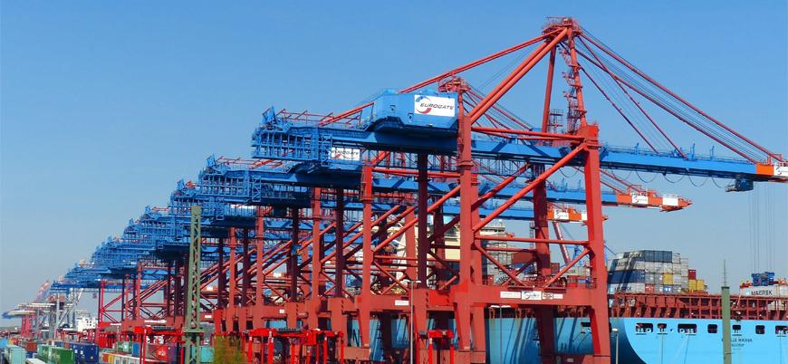 Şubat'ta dış ticaret açığı 3.3 milyar dolar