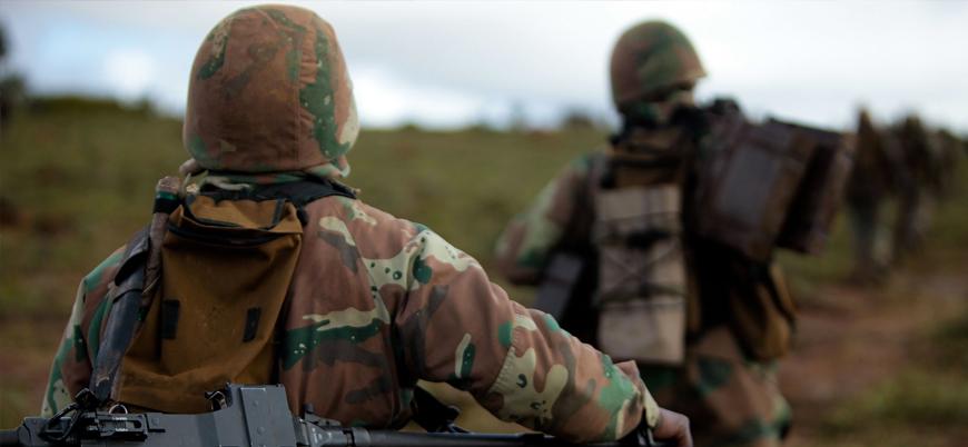Güney Afrika Mozambik'e asker gönderdi