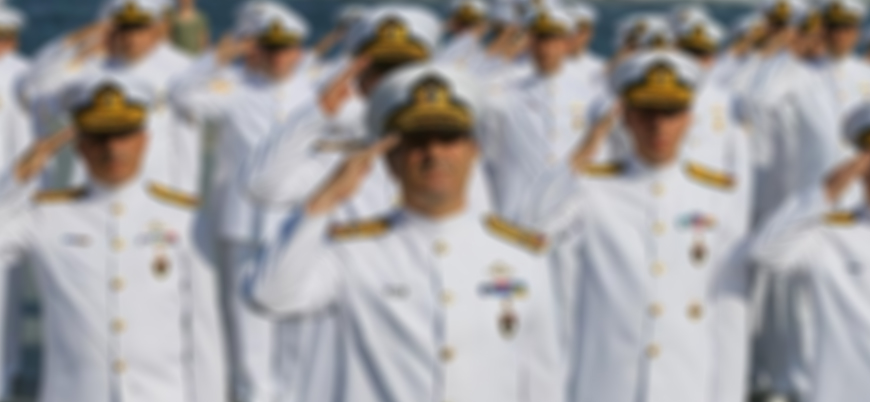 Emekli amirallerin evlerinde arama