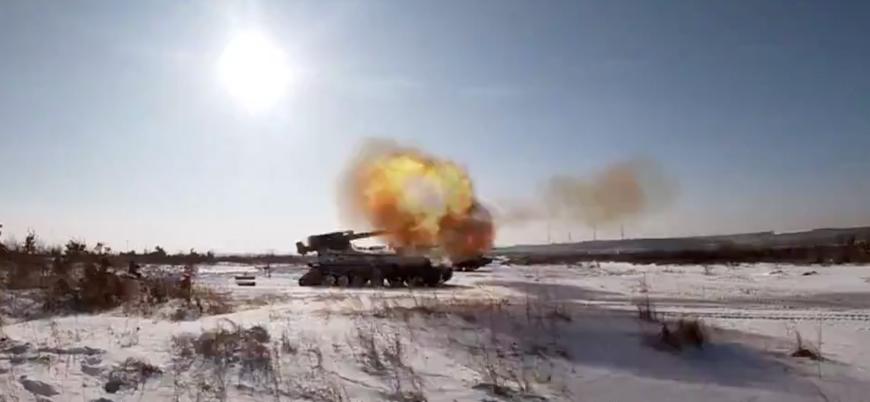 Ukrayna'nın doğusunda şiddetli bombardıman