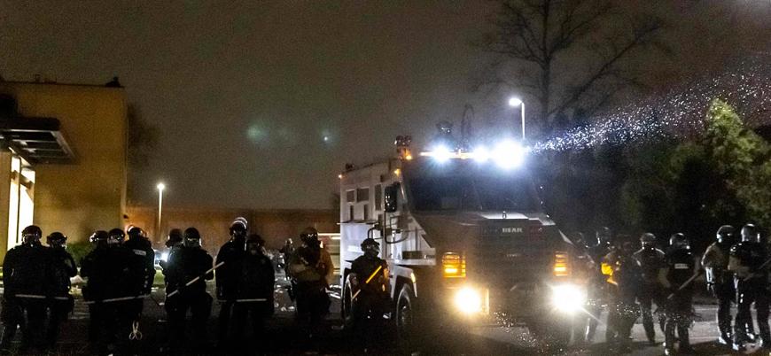 ABD'de polis bir siyahiyi trafik çevirmesi sırasında öldürdü