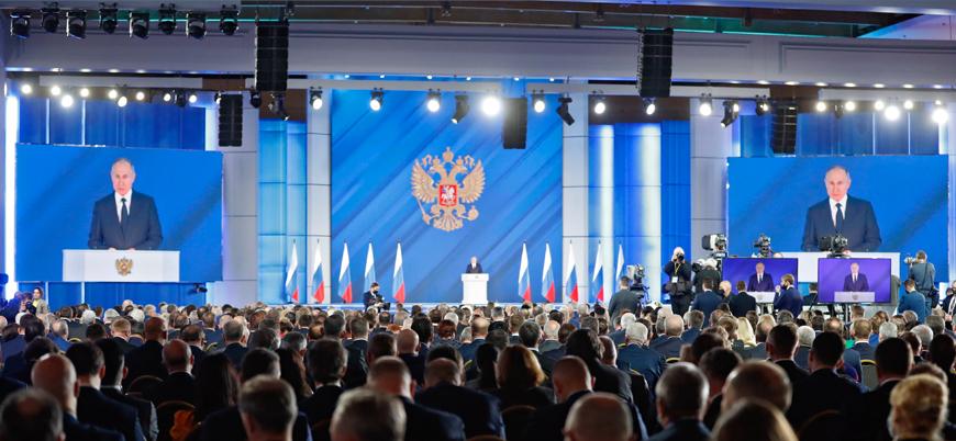 Putin: Ordumuzu ve nükleer silahlarımızı yeniliyoruz