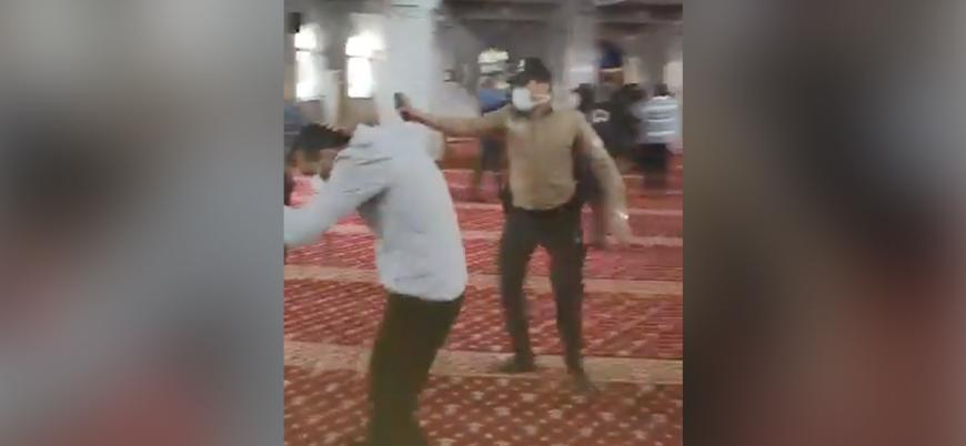Furkan Vakfı üyelerine camide biber gazlı müdahale