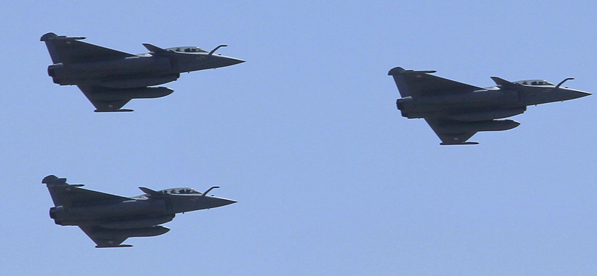 Mısır Fransa'dan 30 savaş uçağı alıyor
