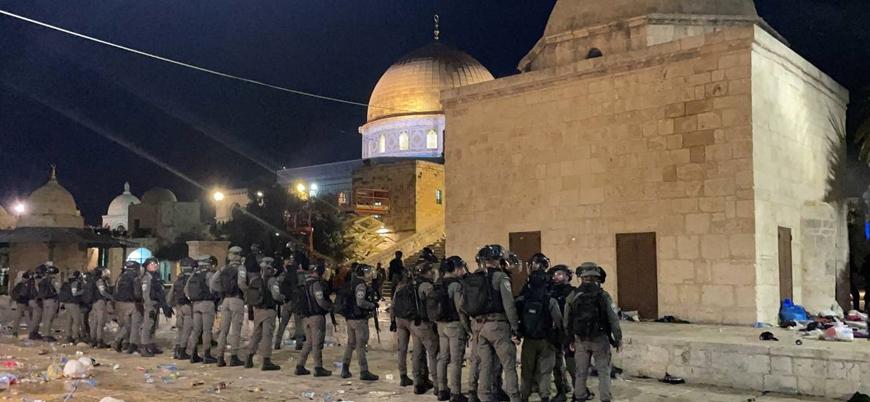 İsrail güçlerinin saldırdığı Mescid-i Aksa'da gerilim: 200'ü aşkın yaralı