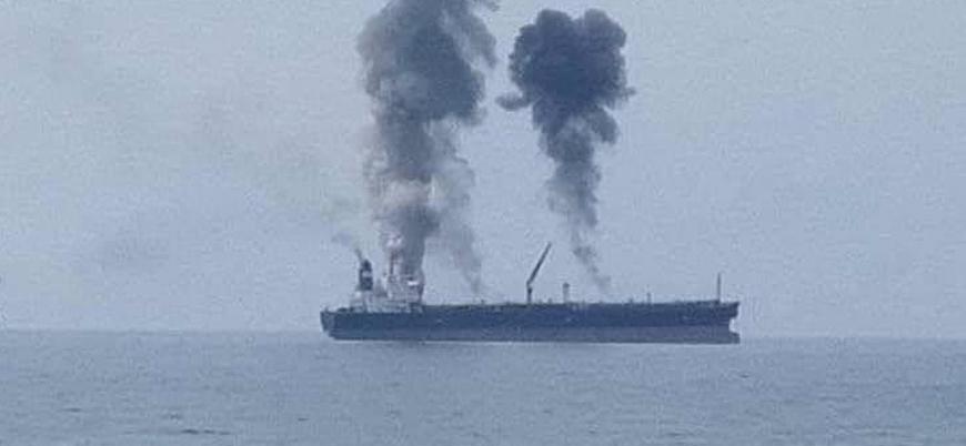 Suriye açıklarında petrol tankerinde patlamalar