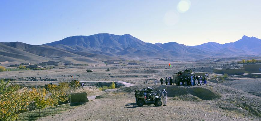 Taliban, başkent Kabil yakınlarında bir ilçeyi ele geçirdi