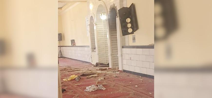 Afganistan'da camide patlama: 12 ölü