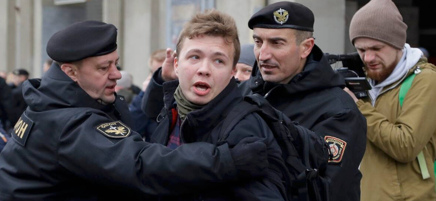 Belarus, muhalif gazeteciyi gözaltına almak için yolcu uçağını zorla Minsk'e indirdi