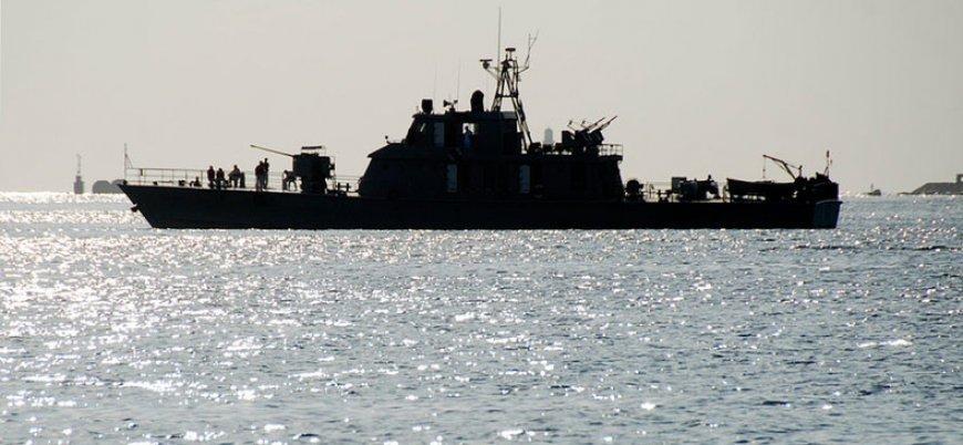 Umman Körfezi'nde İran savaş gemisi battı